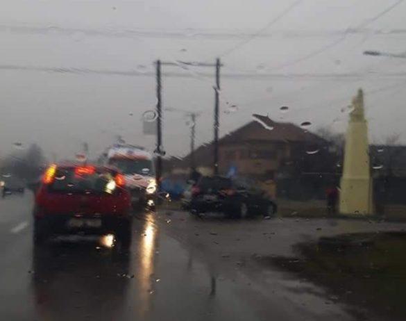 Evenimente rutiere în Arad din cauza carosabilului umed (FOTO)
