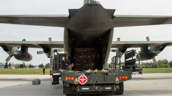 Misiuni de transport a unor echipamente medicale din Germania (GALERIE FOTO)
