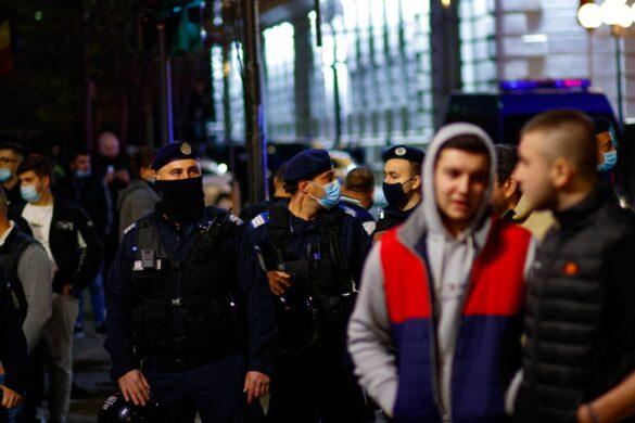 A patra zi de proteste, în imagini. Arădenii se pregătesc de încă o noapte albă